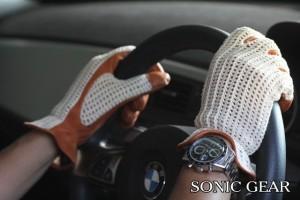 英国製ドライビンググローブ SONIC GEAR GRAND PRIX クロシェットグローブ